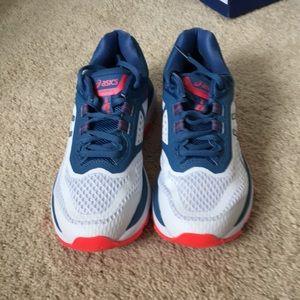 Asics Shoes - ASICS NWOT GT 2000 Running Shoes